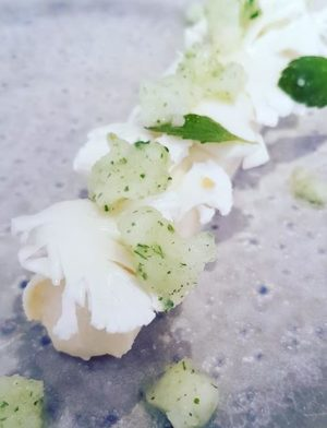 Restaurant Aigue Marine chou fleur chocolat blanc mélisse