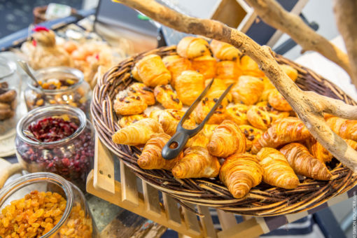 Hotel Aigue Marine Petit déjeuner buffet viennoiserie