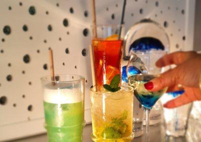 cocktails-400x284